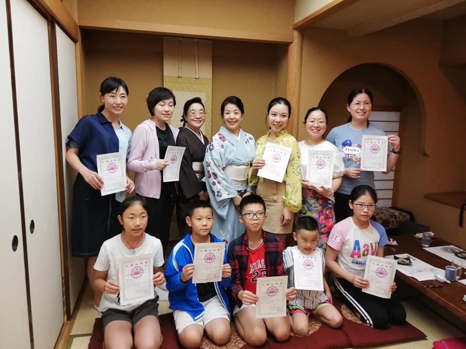 中国浙江省の親子5組が奈良で日本のマナーと和食のマナー体験!